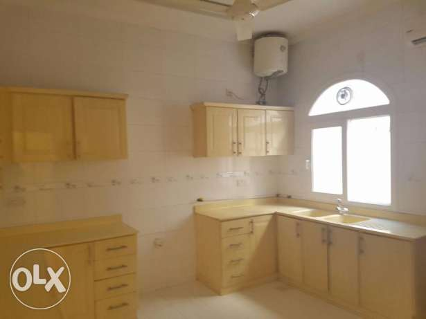 Wonderful 5BHK Villa for Rent in Al Khoudh بوشر -  2