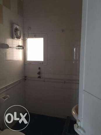 3 BHK for rent in alkhawir 17/1 3 bedrooms Hall Big kitche مسقط -  2