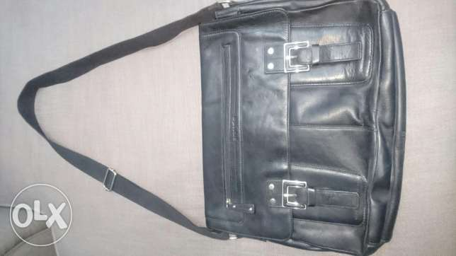 Beautiful genuine leather. Not used. Excellent condition بوشر -  1