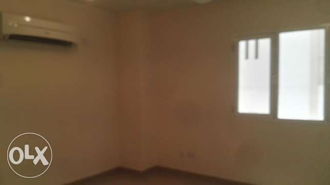 2 BHK Apartment with balcony opposite Panorama Mall مسقط -  2