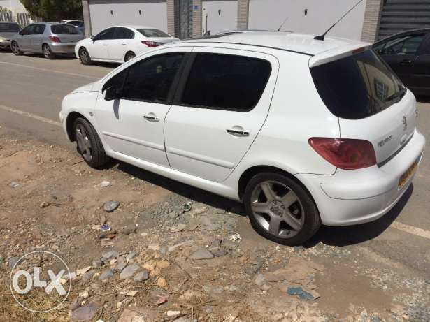 Peugeot Good Condition no faults !! مسقط -  2