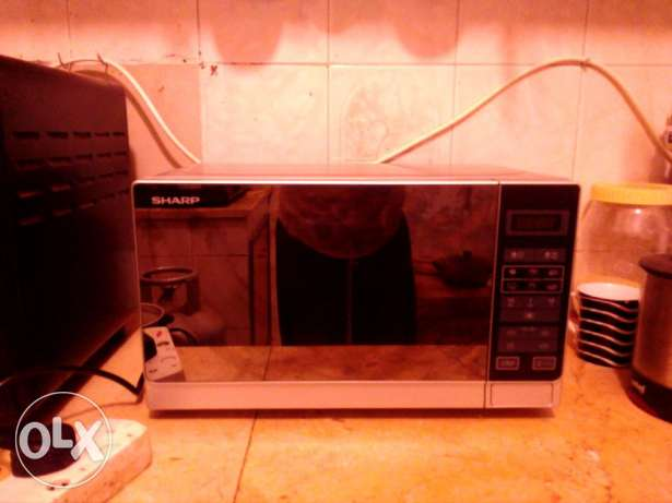 Micro oven and water cooler for immediate sale مسقط -  3
