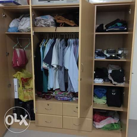 wooden cupboard for sale صحار -  1