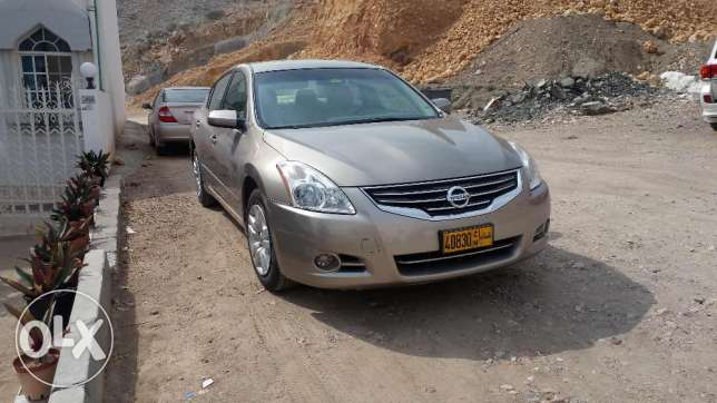 A Well Maintained City Driven Owner Car in Excellent Shape مسقط -  3