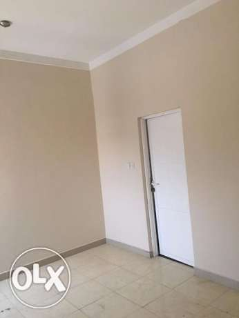 3 BHK for rent in alkhawir 17/1 3 bedrooms Hall Big kitchen مسقط -  6