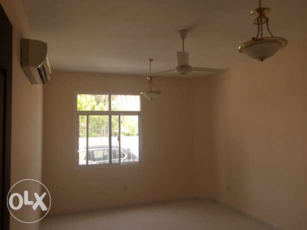 Flat for rent in Madinat Sultan qaboos مسقط -  7