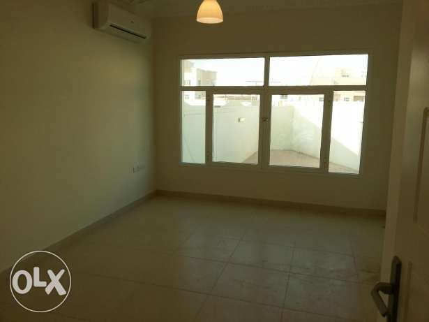 Villa for rent al khoud 6 السيب -  2