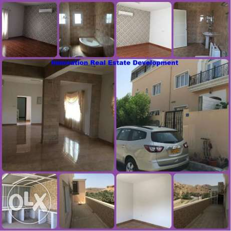 Spacious Villa in Al Khoud For Urgent Sale مسقط -  3