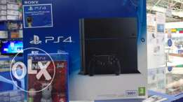 Sony original PS4 500GB with 1Control and one Game free, also warrenty