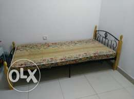 Single bed and metress