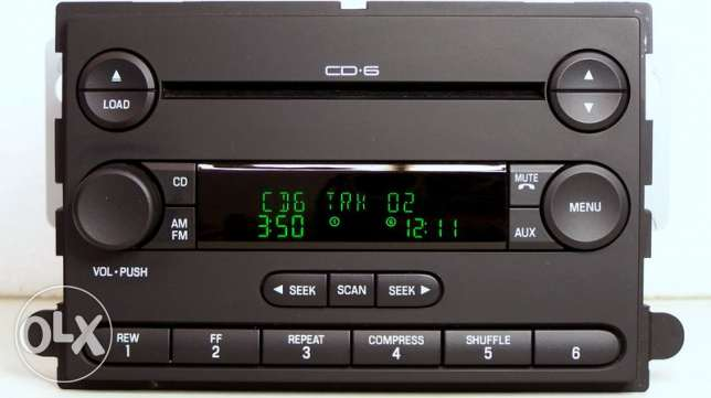 ford original company fitted music system for f150 & explorer.