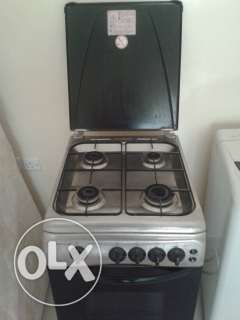 Westpoint cooking range with oven for sale صحار -  1