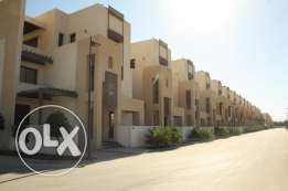villa for rent in almawaleh north in a compound