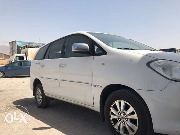 Innova sale Good condition 2011 model white