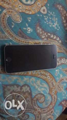 Iphone 5s space grey with 3 months warranty very clean