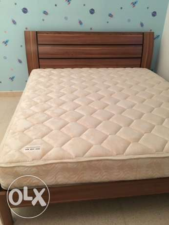 Double Bed plus Mattress القرم -  2