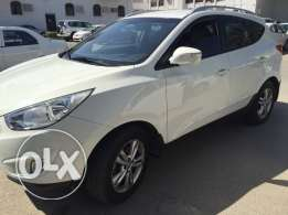 2012 Hyundai tucson 2012 Full automatic expat driven service at agency