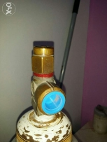Helium gas cylinder and regulater argent sale