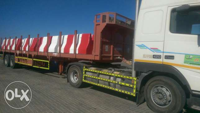 Road safety concrete barriers readily available مسقط -  2
