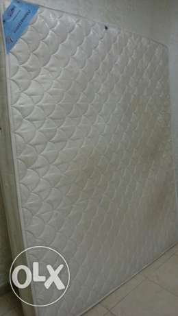 Mattress for sale good and clean condition of the Home Centre مسقط -  1