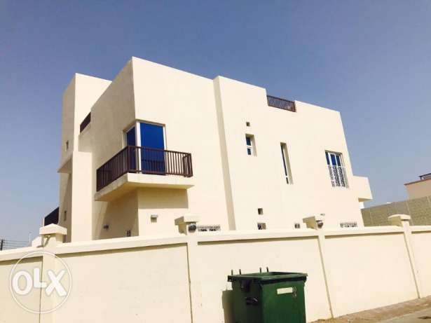 V-Madinat Qaboos Beautiful 5 BHK + 1 Maid Single villa For Rent