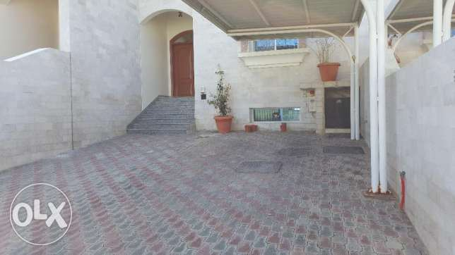 6BHK Beautiful Townhouse in Madinant Sultan Qaboos Near British Counse مسقط -  1