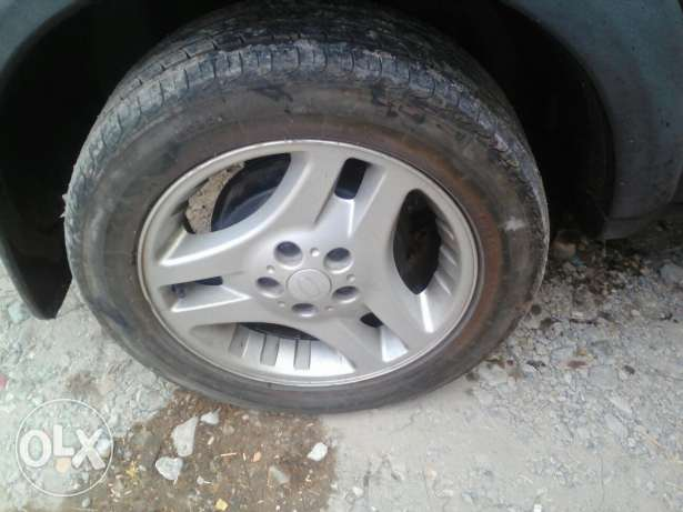 5 tires with rim مسقط -  3