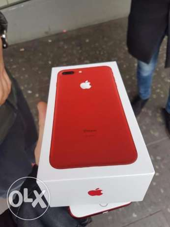Grade A Vodafone iPhone 7 plus 128 RED