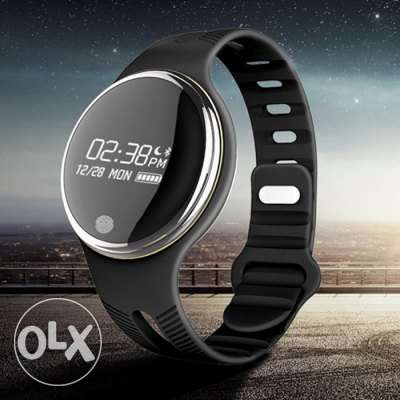 ios/android waterproof E07 IP67 Smart Wristband مسقط -  4