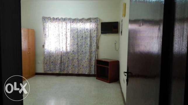 Room for rent in Alkhuwair (near muscat pharmacy)