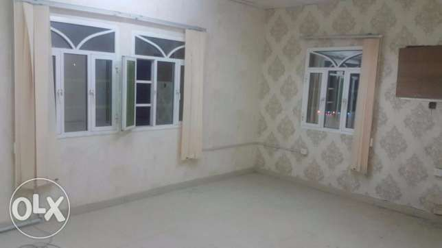 1 BHK for rent in GHoubra front of alhayat Hospital مسقط -  2