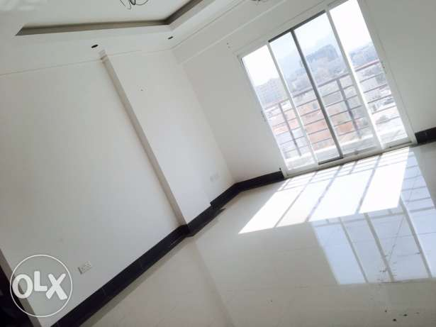 Beautiful modern 2bhk flat in azaiba behind zubair only on 400riyal الغبرة الشمالية -  7