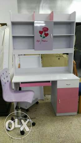 kids study table and cot