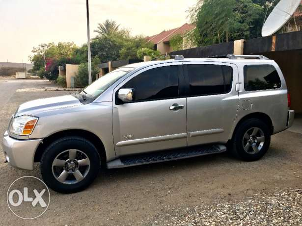 Nissan Armada excellent condition