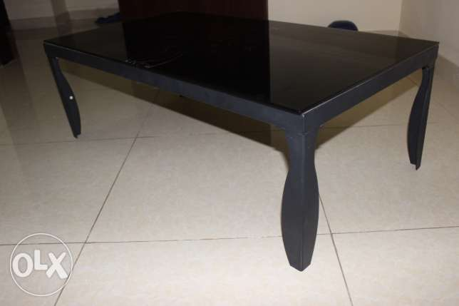 Centre table & Carpet for sale ( together or separately) مسقط -  8