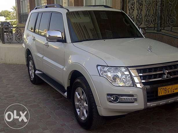 Pajero 2015 brand new all service in showroom