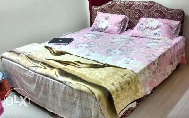 Bed just 3 months used .Brand new condition
