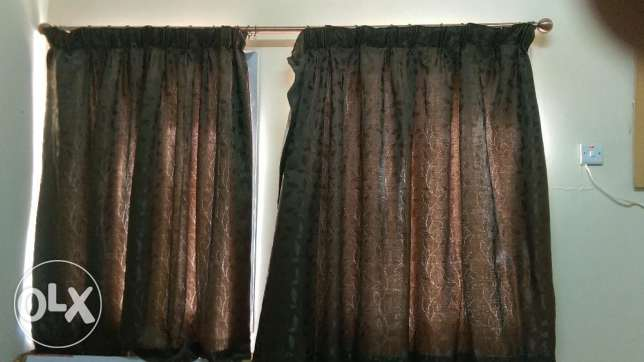4 curtain set with 3 rods مسقط -  5