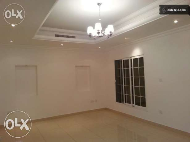 4BHK Villa with compound For Sale in Mawaleh