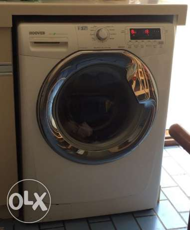 Excellent condition Hoover fully automatic 10kg washing machine.