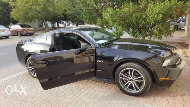 Beautiful Beast for SALE 2012 Ford Mustang V6 مسقط -  7