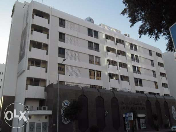 Offices for Rent in CBD Area, Banks Street – Oman Arab Bank Building مطرح -  2
