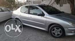 2008 full automatic Peugeot 206 mileage 132, 000 Km only