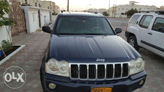 Grand Cherokee in exceptional condition السيب -  4