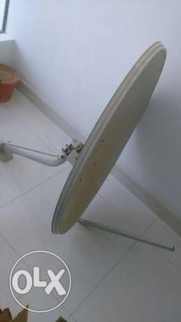 DISH TV Receiver, Remote, SIM (Oman Charge) and DISH مسقط -  2