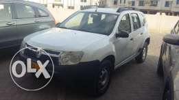 Renault duster 2013 model fully auto - clean & neat