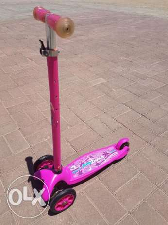 Barely used scooter from BabyShop