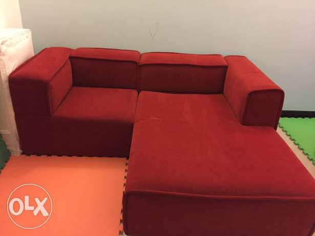 BoConcept Red Couch مسقط -  2