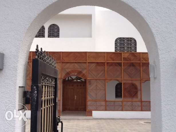 Absolutely Gorgeous High-Quality-Finishing Villa in Madinat Al Ilam القرم -  1