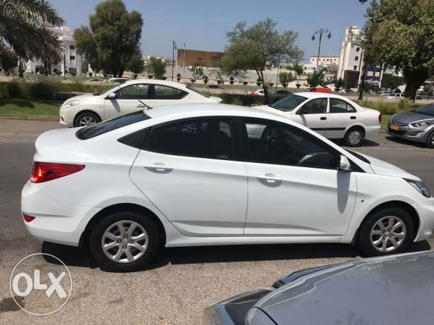 2013 oman agency Hyundai accent original paint free accident